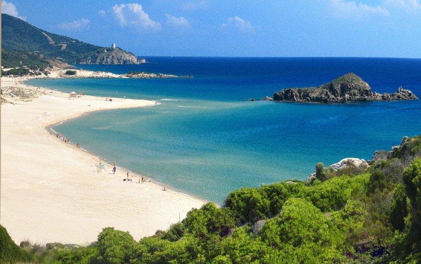 spiaggia-su-giudeu-sardegna